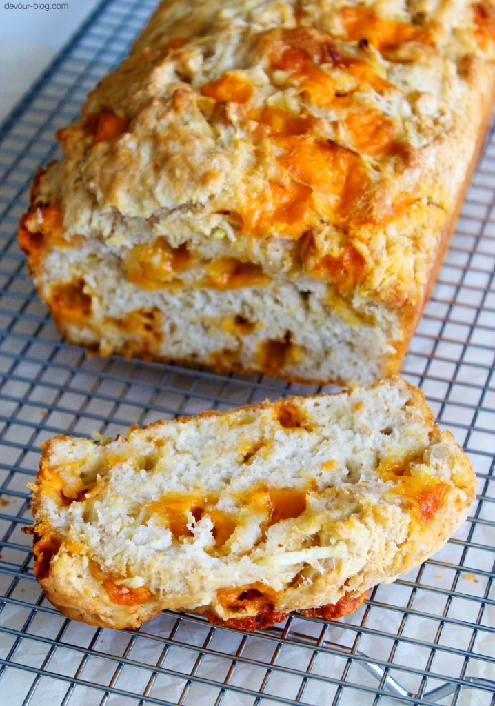 Apple Cider Cheddar Bread. A simple, no-knead bread made with hard ...