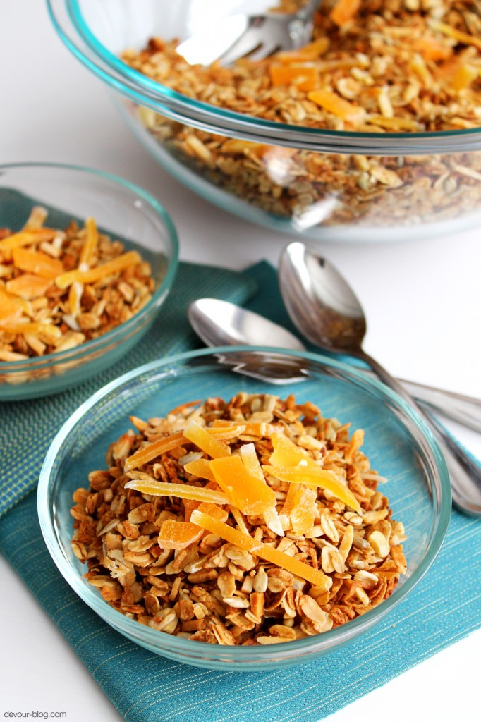 Tropical Coconut Granola with almonds, sunflower seeds, dried mango and papaya. devour-blog.com