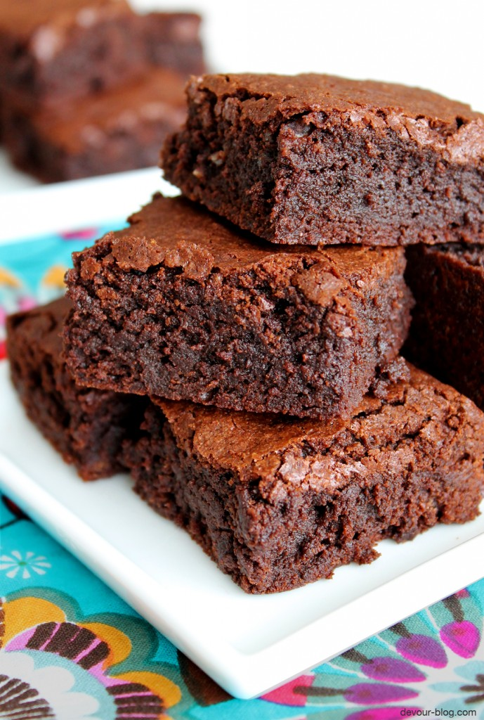 Espresso Fudge Brownies. A classic recipe for perfect, fudgy, rich chocolate brownies! devour-blog.com