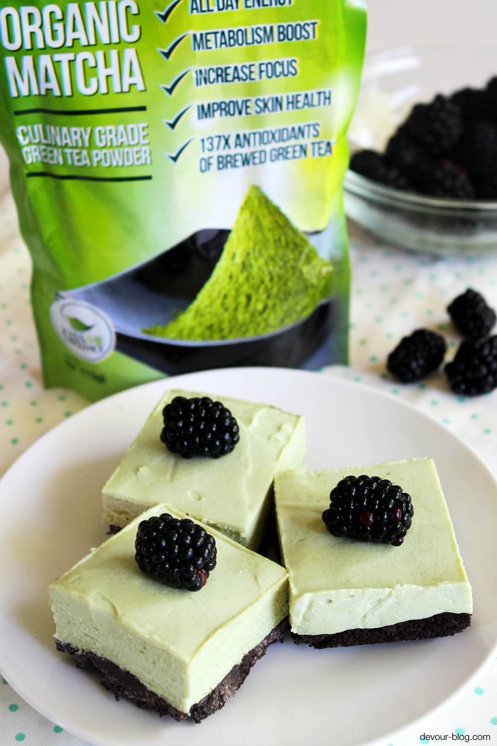 No-Bake Matcha Cheesecake Bars. devour-blog.com
