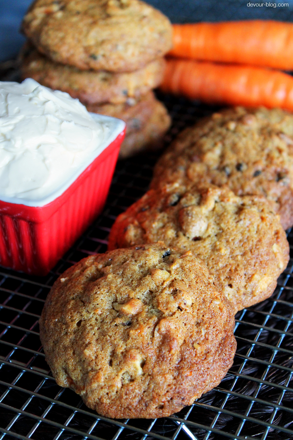 Carrot Cake Cookies with Honey Cream Cheese Filling. devour-blog.com